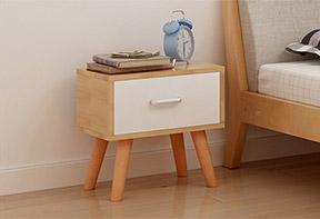 小型床头柜