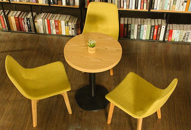 木质咖啡厅桌椅-咖啡厅木质桌椅-咖啡店木桌椅