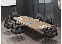 椭圆形会议桌
