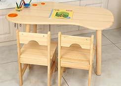 幼儿园绘画桌