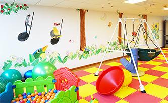 医院儿童区地垫-品源医院家具