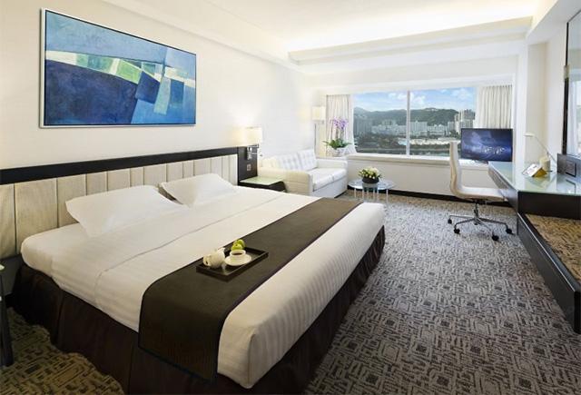 酒店双人床