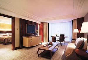 酒店家庭床