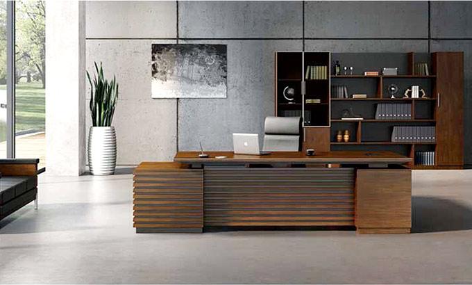 总经理办公室办公桌大小