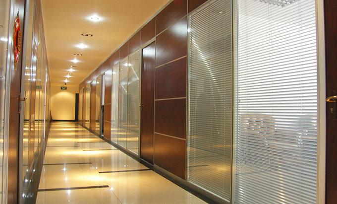 铝合金玻璃隔断-铝合金百叶隔断
