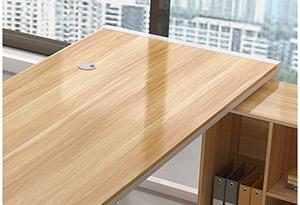 钢木经理办公桌材质