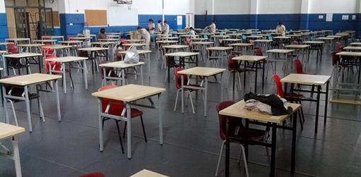 学校考场桌椅-品源学校家具定制