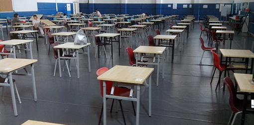 中学课桌椅-品源学校家具定制