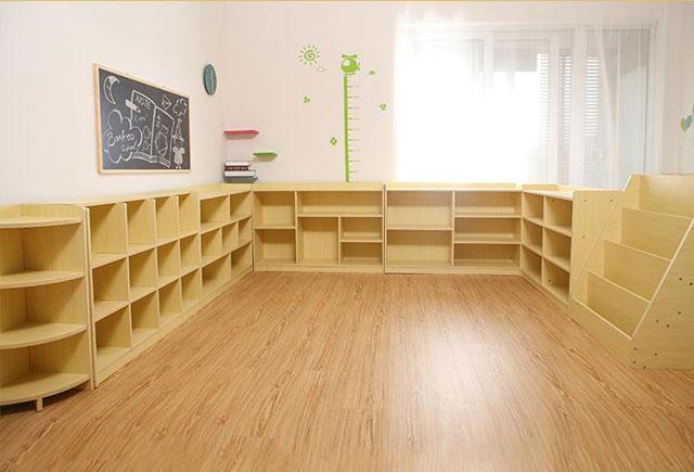幼儿园教室柜子