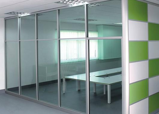 半开放办公室隔断-办公室半隔断