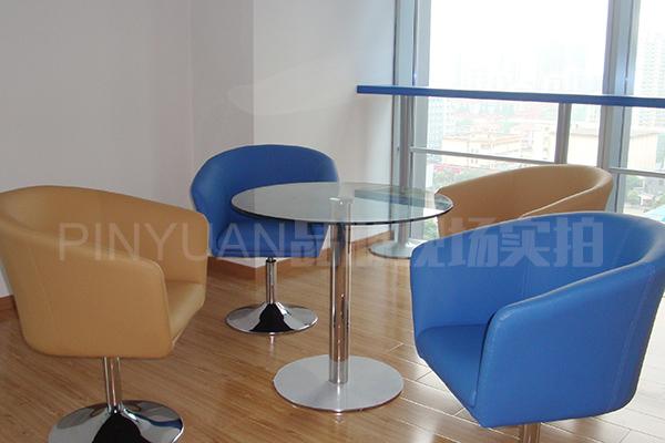 圆形钢化玻璃茶几 茶几沙发椅组