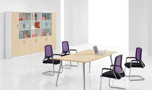 部分员工办公桌尺寸大全 警惕:别让办公桌毁了你的形