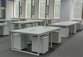 2017年最受欢迎的简约办公桌款式