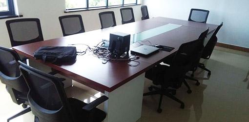 油漆会议桌4