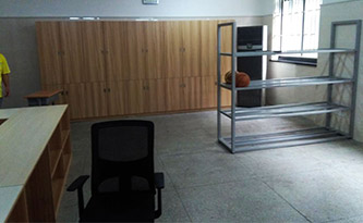 体育器材室2