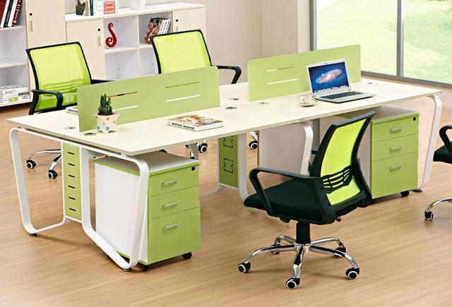 办公桌隔断带柜-带线槽的办公桌
