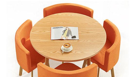 小圆桌洽谈桌设计