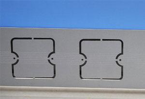 办公桌隐蔽线槽设计