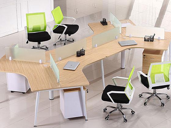 三人办公桌的尺寸是多少?