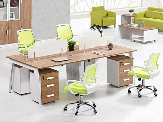 办公桌屏风,隔断办公桌怎么摆