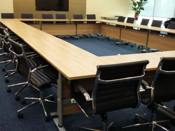 培训室课桌和会议桌的形状有大发红黑大战APP?