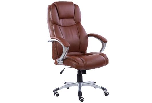 棕色真皮老板椅