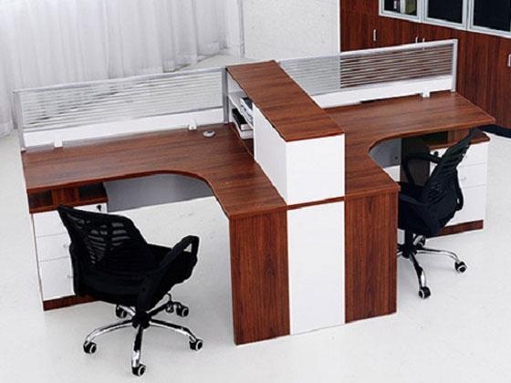 公司�k公桌定制方案