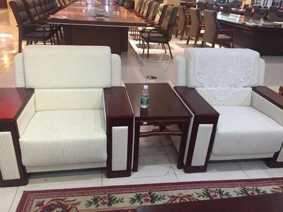中式风格的会议接待沙发案例赏析