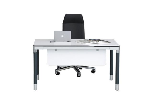 白色老板办公桌