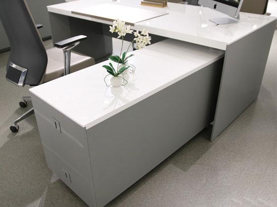 板办公桌样式