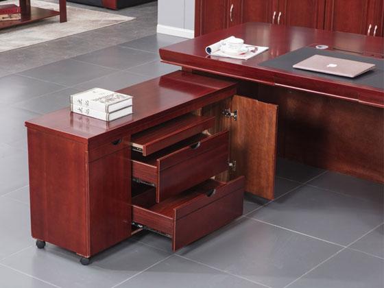 实木老板桌椅样式