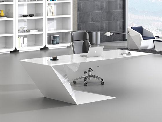 实木贴皮经理办公桌样式