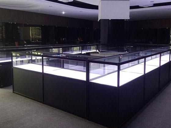 商场珠宝展柜样式