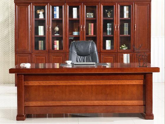 实木大班台-隔断式办公桌-品源办公桌