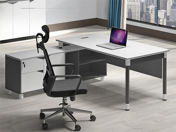 钢架实木办公桌-办公室班台-品源办公室班台
