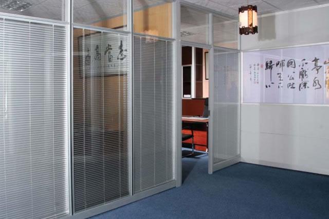 上海双玻百叶隔墙 隔音玻璃高隔断 办公室固定隔墙 WGGP005-品源