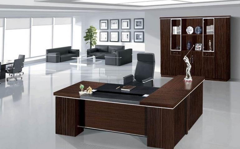 三款深咖色时尚现代的办公大班台图片案例赏析